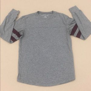 American Eagle Outfitters Long Sleeve Gray Shirt